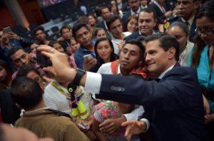 Crisis Peña Nieto