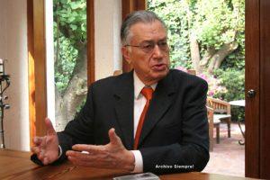 Manuel Bartlett, el de la caída del sistema, está mejor con López Obrador