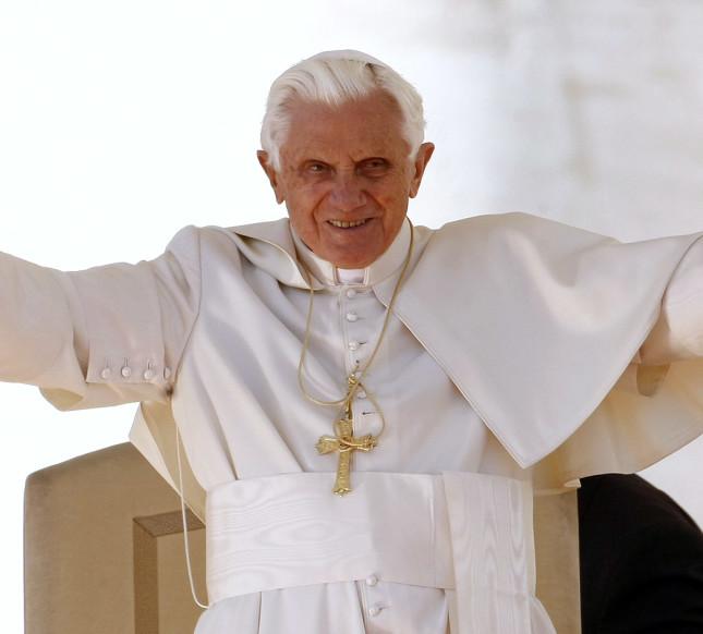 La renuncia de Benedicto XVI