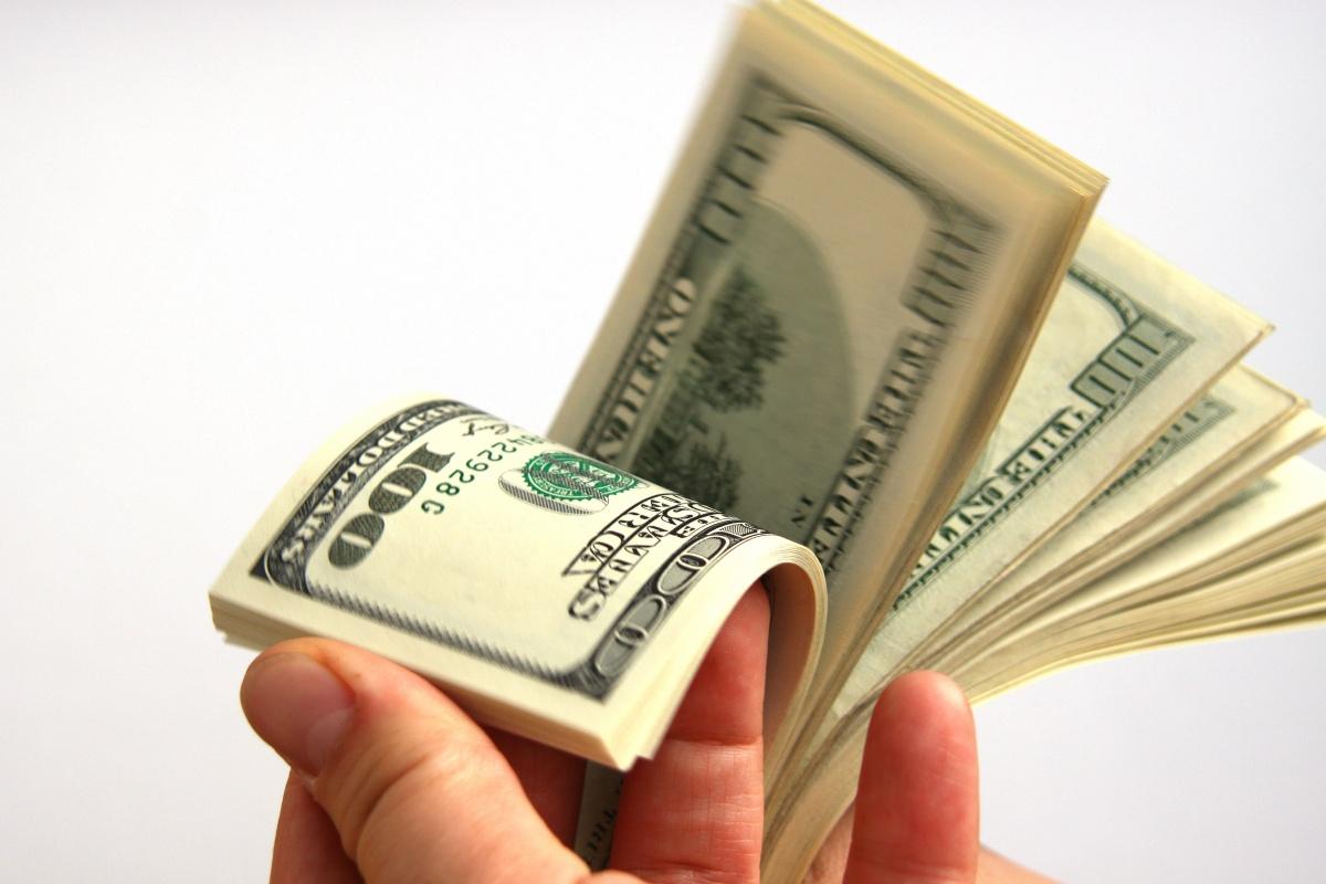 La relación del hombre con el dinero