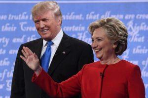 Hillary baila a Donald Trump, todos brincan y cantan, pero él sigue vivo
